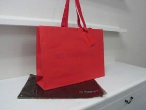 「真っ赤」がおしゃれなオリジナル紙袋の印刷