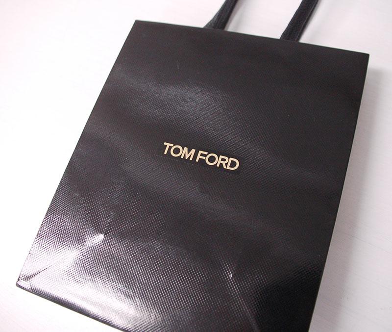 高級感漂うエンボス紙袋