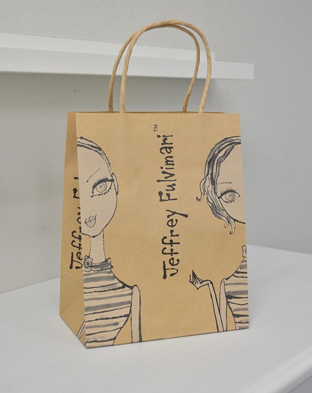 キュートなクラフト紙袋