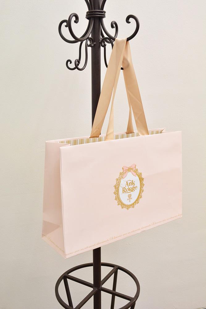 甘め系ブランドの乙女チックな紙袋!
