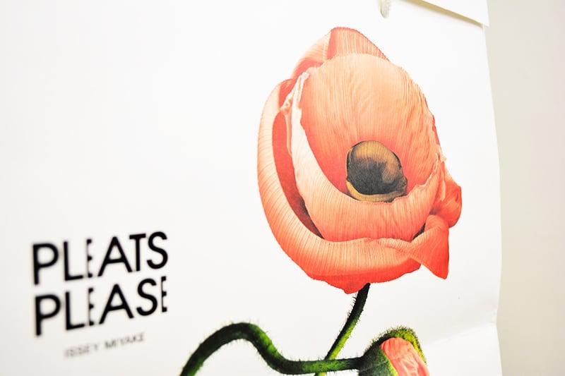 日本が誇るデザイナーズブランドのこだわり紙袋