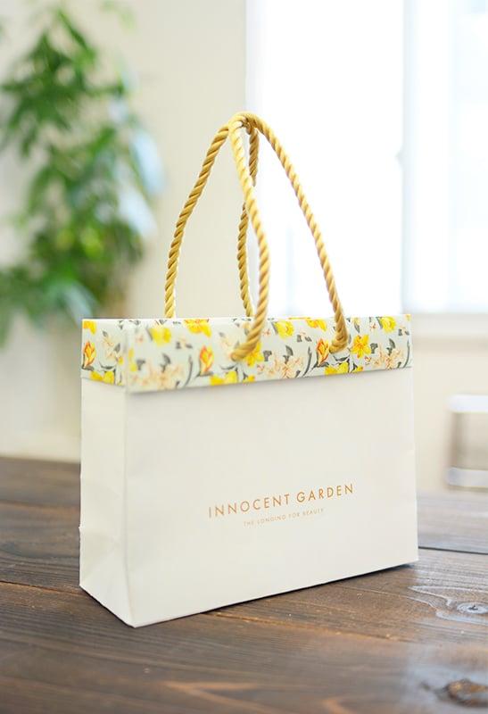 [新作紹介]商品開発中の変形バッグをご紹介!!を読む