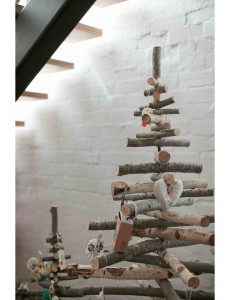 Holiday-Decor-The-Design-Files-Log-Tree