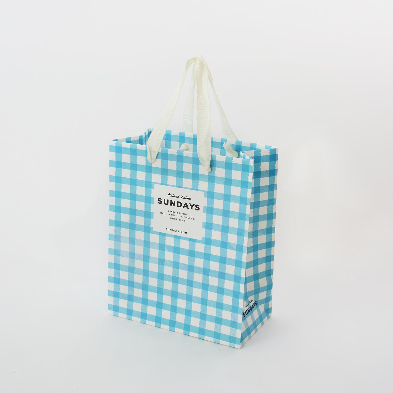 夏にオススメ! 水彩画風のチェックがかわいい紙袋