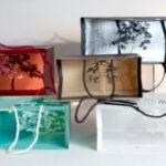 ブランド品から身近な紙袋まで。美しい木の紙袋アートを読む