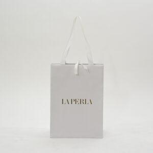 紙袋、光沢