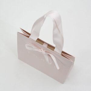 サテンリボン紙袋