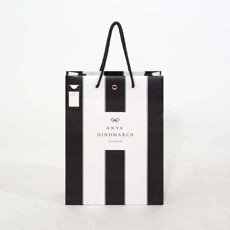 ポケット付き! 可愛らしい上品なストライプの紙袋