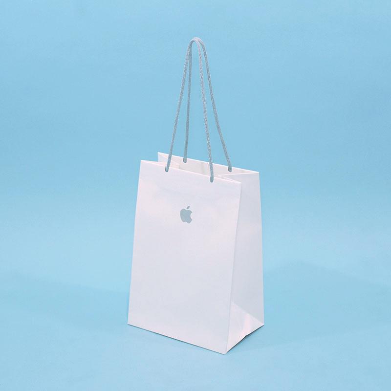 今注目の紙スピンドルを使った紙袋
