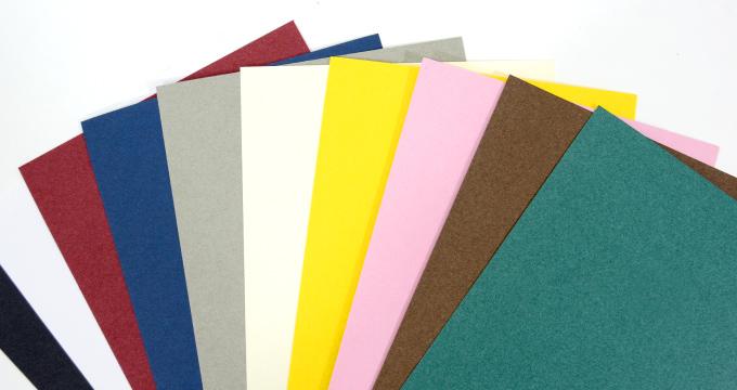 紙袋づくりの参考に!紙の『厚さ』についての知識を読む