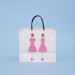 双子モチーフの紙袋