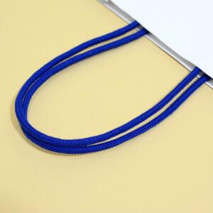 自立する紙芯入りのハンドル