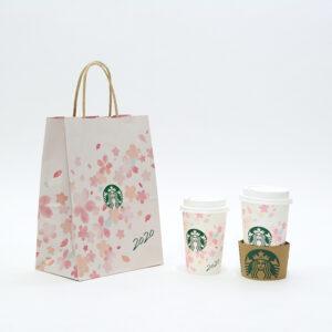 桜が流れるデザインの紙袋