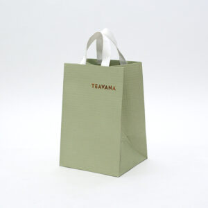 マチ広な縦長紙袋