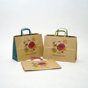 3色展開でカラフルポップな紙袋