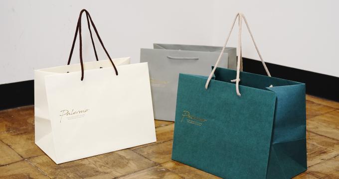 オリジナルのテイクアウト紙袋に!スタンダードカラーバッグの新サンプルを紹介。のイメージ