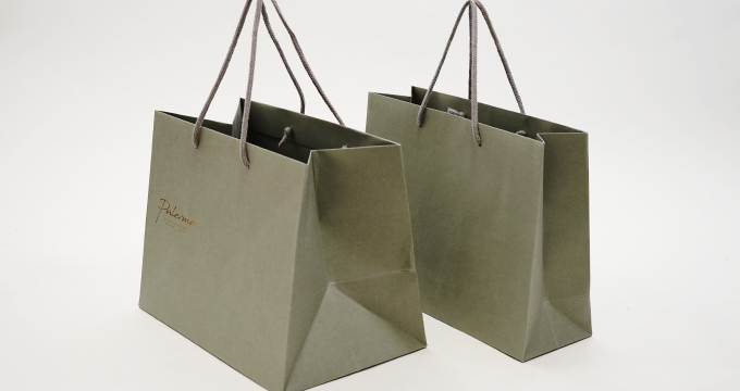 M横サイズ、Mワイドサイズの紙袋を比較