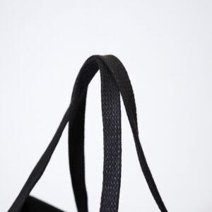 厚みのある平紐
