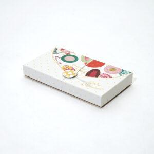 便箋のデザインのカラフルな箱