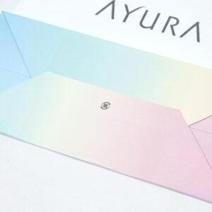 綺麗な淡い色合いのグラデーションカラー