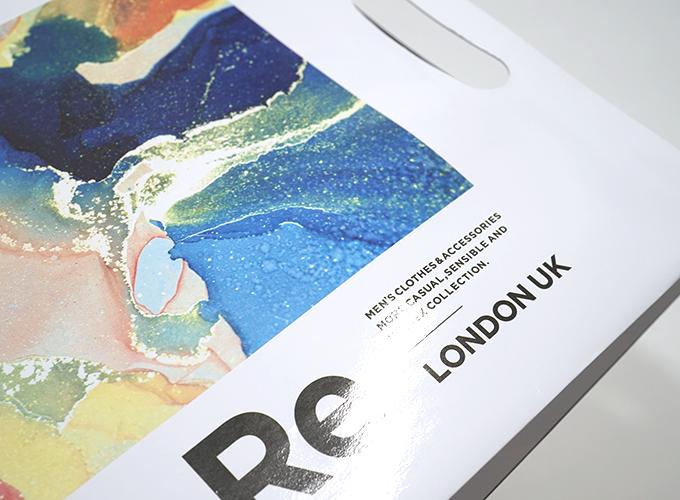 グロスPPラミネート加工されたサンプル紙袋
