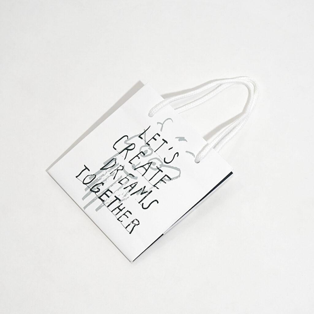 六甲山が思い浮かぶ紙袋4