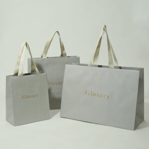 ヌーディーな紙袋
